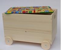 Obrázek Dřevěná truhla na hračky